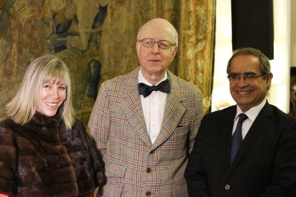Ángela Ossa, Target DDI; Carlos Robles, Embajador de España; Kenneth Pugh, Senador.