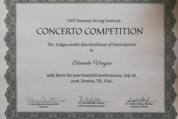 Diploma al Mérito por su participación en Concurso de Solistas.