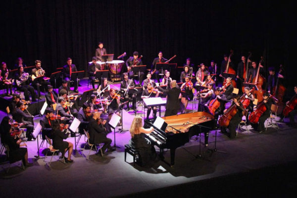 FHIS concierto Brahms 5